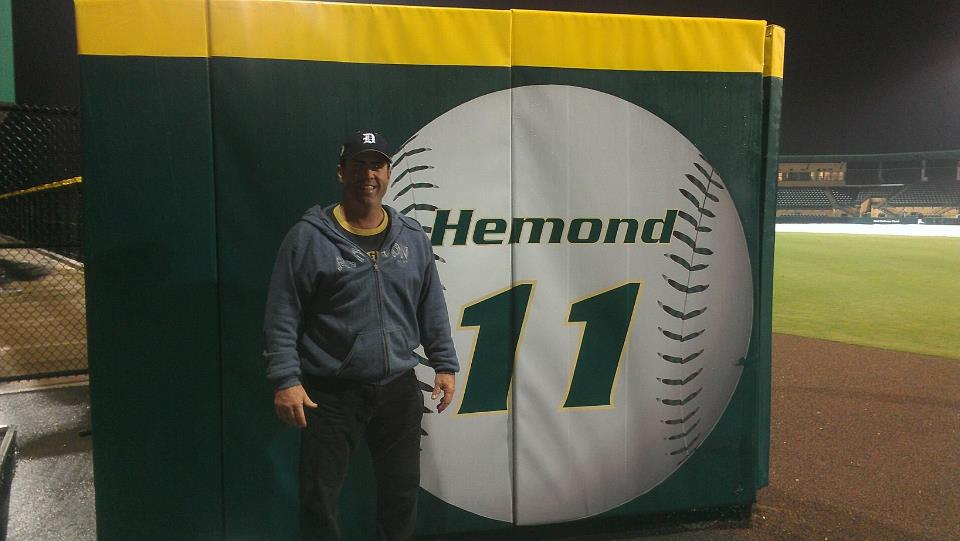 Scott Hemond Jersey Retired USF